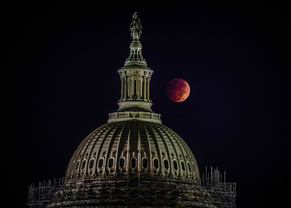 Lunar Eclipse and Capitol Dome