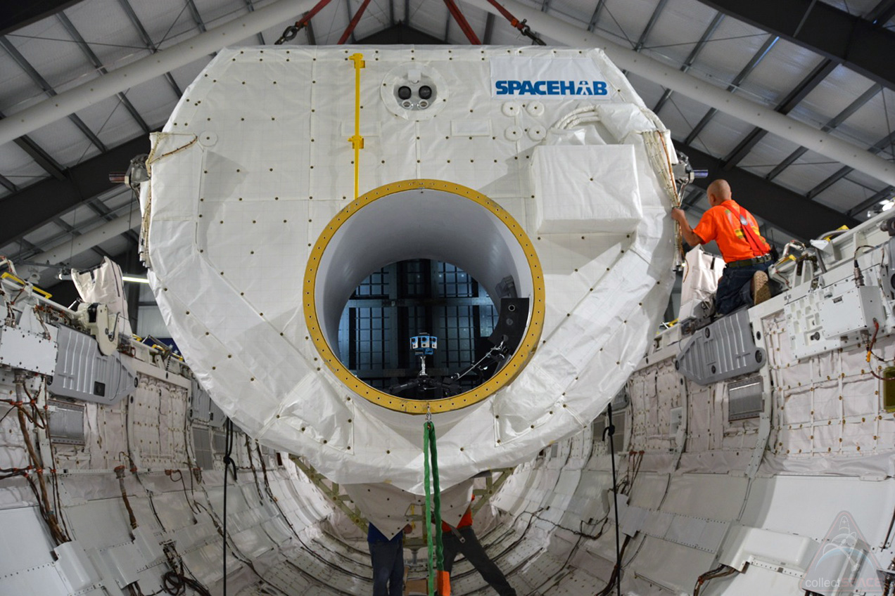 Space Shuttle Endeavour Gets Spacehab Module for Museum Display