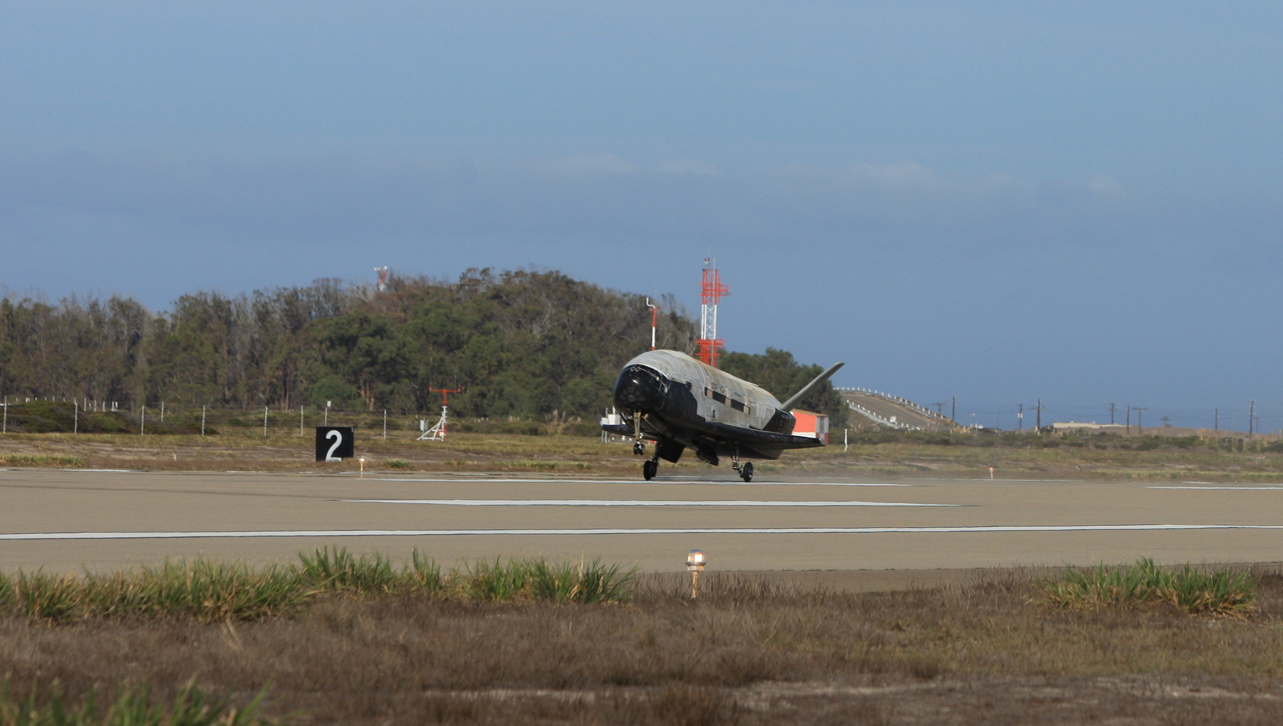 X-37B Lands to End OTV-3 Mission