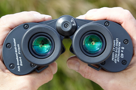 "A compact handful of great optics can go almost everywhere with you, day and night. <a href=""http://www.amazon.com/Oberwerk-8x40mm-Mariner-Binocular/dp/B005CYV4BI/?&tag=space041-20&ascsubtag=[sitespace[catNA[art27404[pidB005CYV4BI[tidNA[bbcmanual"" target=""_blank"" rel=""nofollow""> BUY these Oberwerk Mariner 8x40 binoculars >>></a>"