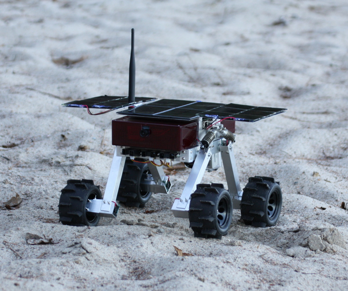 Canadian Crowdfunding Project Aims to Build Mini Mars Rover