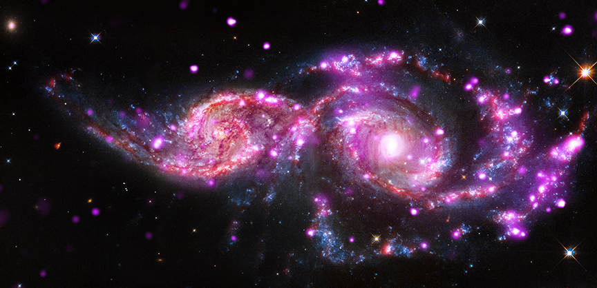 Colliding Galaxies Spark a Stunning Holiday Light Show (Photo)