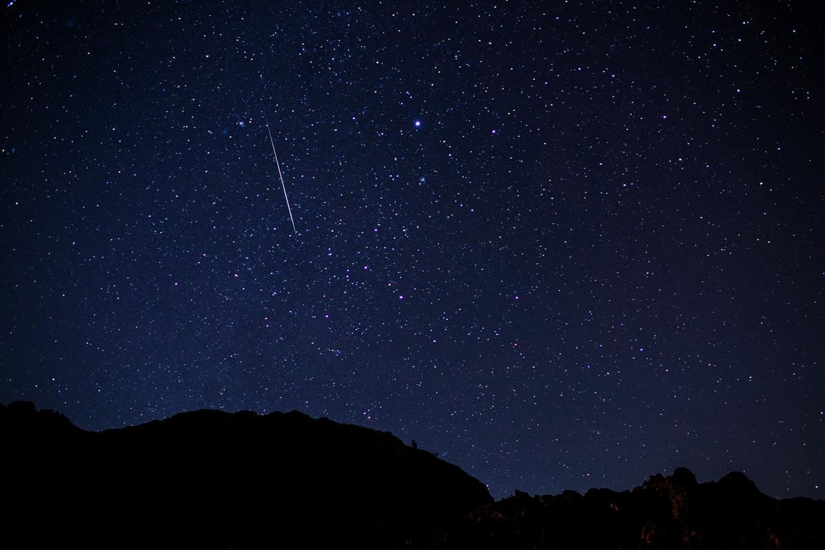 2014 Geminid Meteor Near Las Vegas