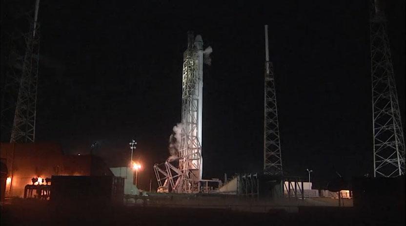 SpaceX Aborts Dragon Spaceship Launch Due to Rocket Glitch
