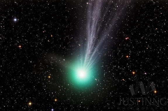 Astrophotographer Justin Ng did a 40-minute exposure to capture this brilliant view of Comet Lovejoy on Jan. 11, 2015. The image is LRGB.