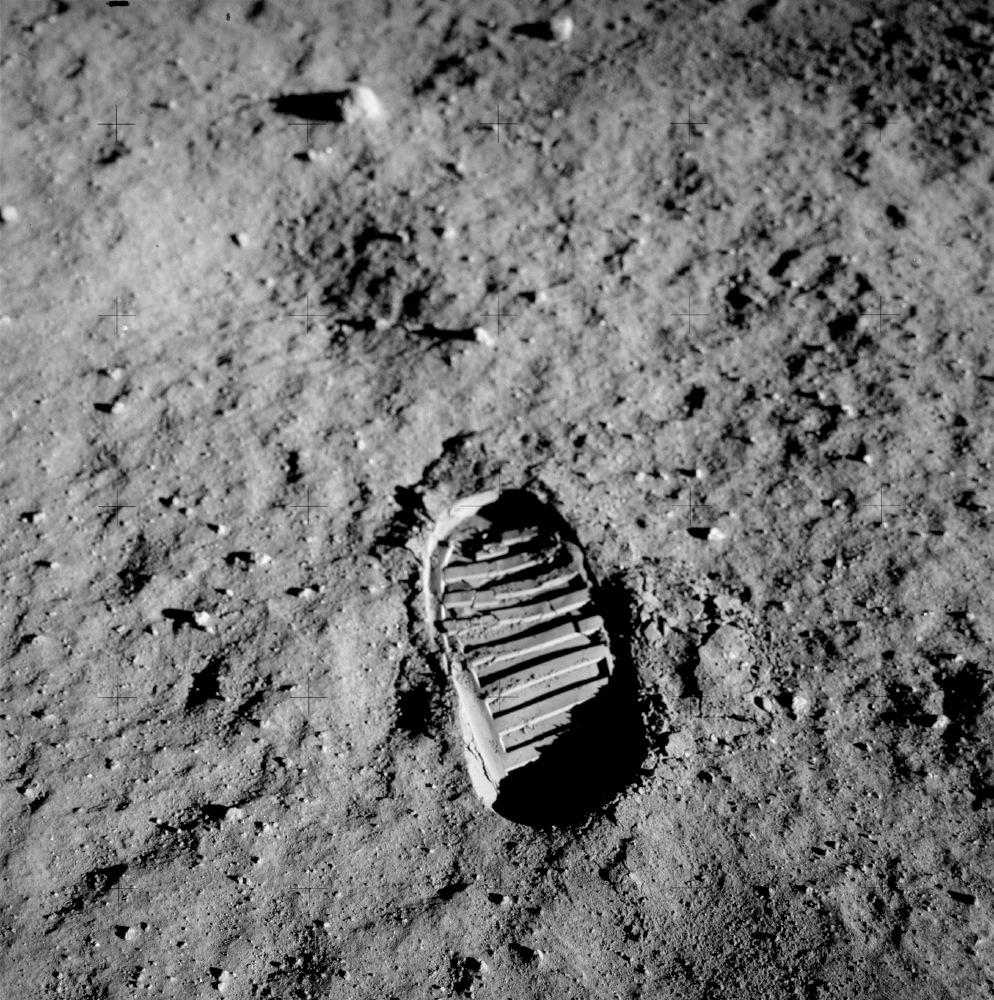 Business On the Moon: FAA Backs Bigelow Aerospace