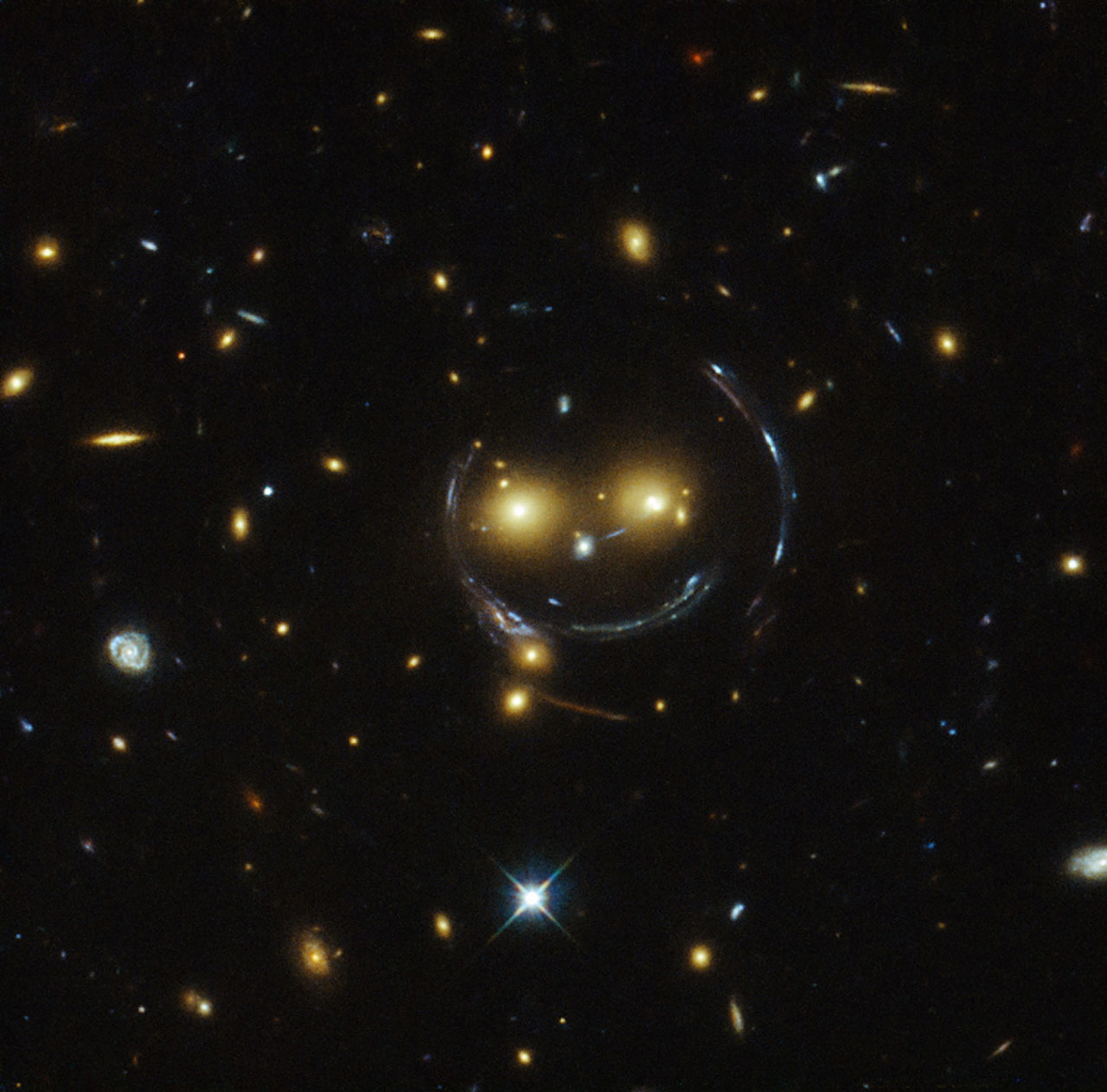 Say Cheese! Hubble Telescope Sees Cosmic Smiley Face in Space
