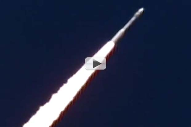 European 'Mini-Space Shuttle' Launches Aboard Vega Rocket | Video