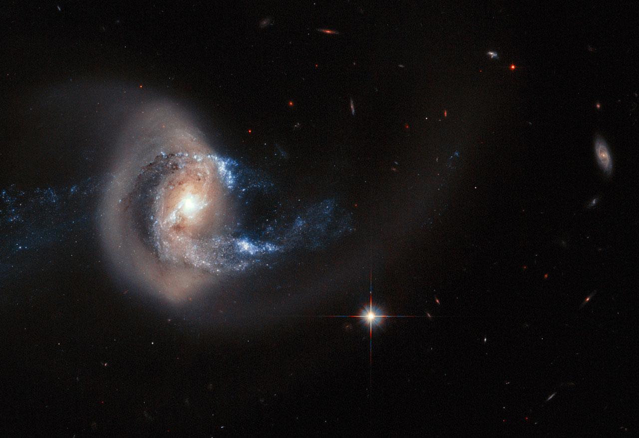 NGC 7714 Hubble View