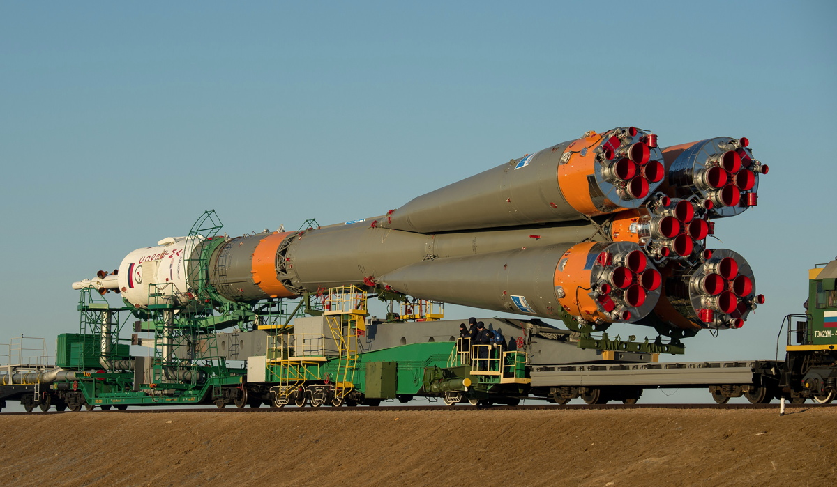 Expedition 43 Soyuz Rollout by Train