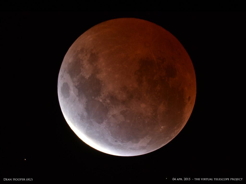 Total Lunar Eclipse Peaks: Dean Hooper