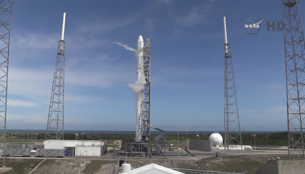 SpaceX Falcon 9 Fueled for CRS-6
