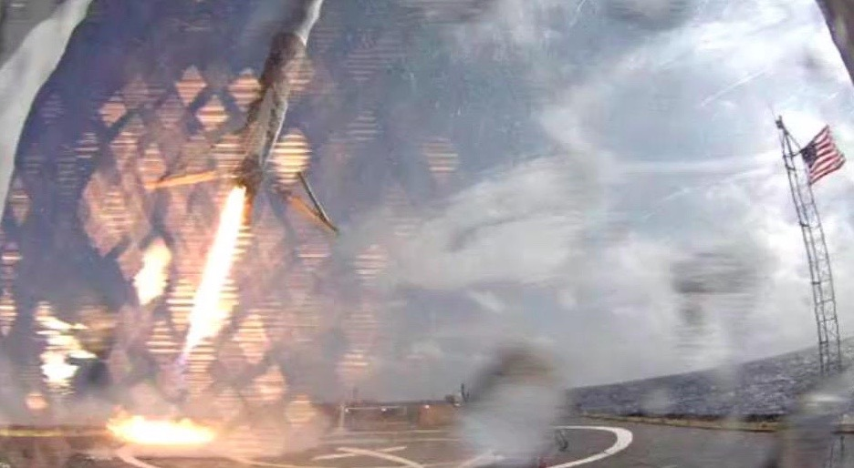 Falcon 9 Rocket Coming Down on Drone Ship
