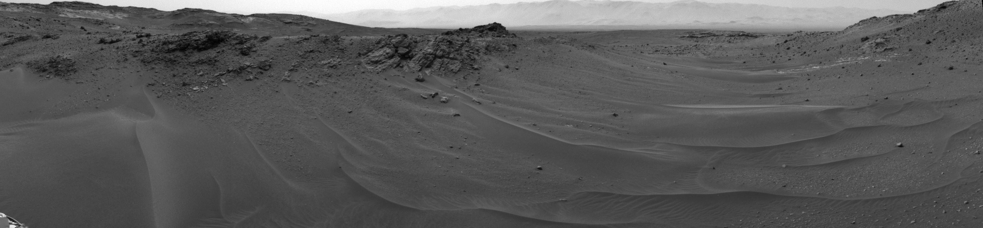 Curiosity Rover's View at 10 Kilometers of Driving Distance