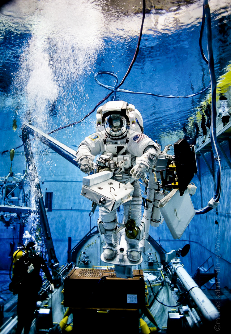 Spaceman: NASA Astronaut Mike Massimino's Space Career in Photos