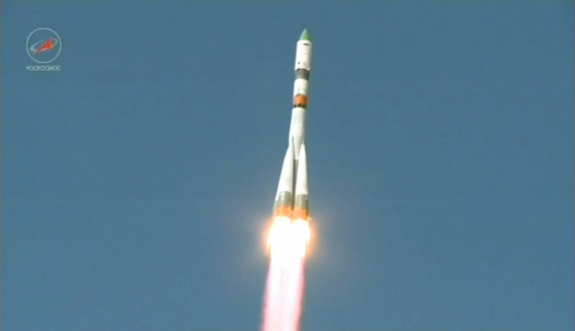 A Soyuz rocket launches the unmanned Progress 59 cargo ship from Baikonur Cosmodrome, Kazakhstan on April 28, 2015 on a mission to deliver supplies to the International Space Station. Progress 59 reached orbit, but then malfunctioned.
