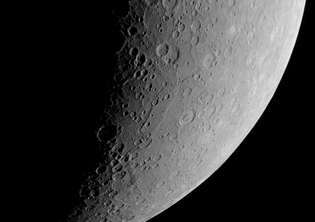Mystery on Mercury: Strange Pattern of Huge Cliffs Defy Explanation