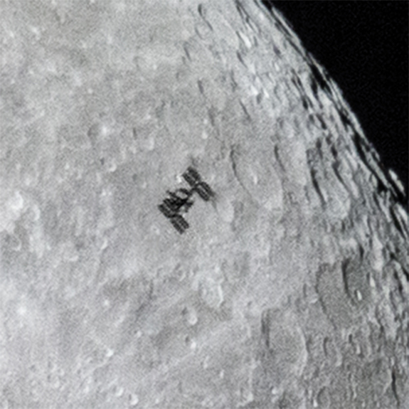 ISS-closeup.jpg
