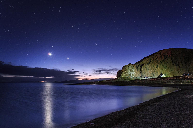 Venus and Jupiter over Lake Namtso