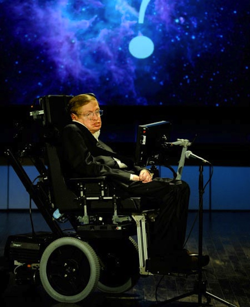 Stephen Hawking: Intelligent Aliens Could Destroy Humanity, But Let's Search Anyway