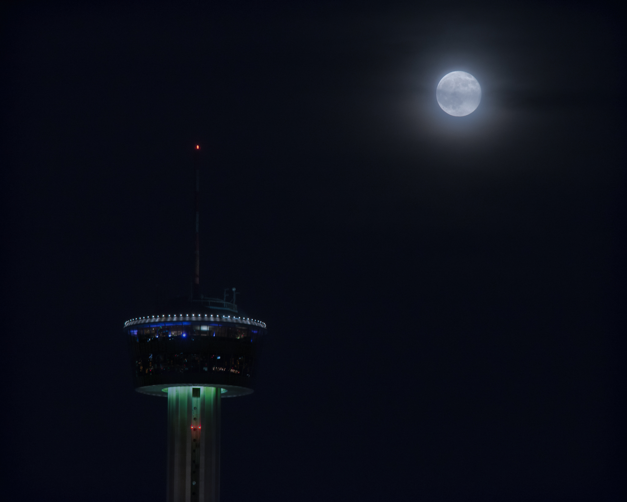 Blue Moon and the Tower of America
