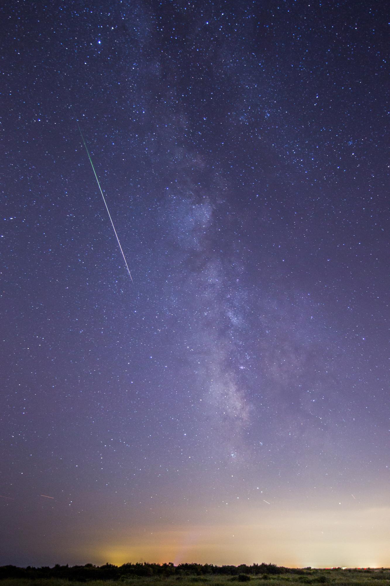 1000  ideas about Perseid Meteor Shower on Pinterest   Meteor ...
