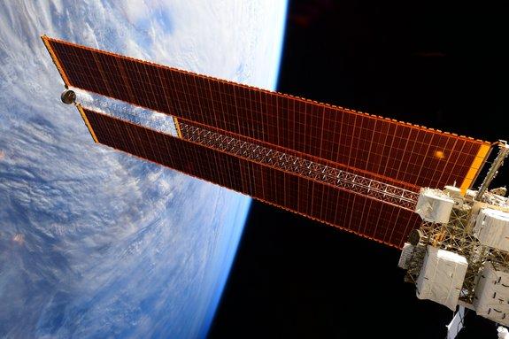 ranger spacecraft solar panels - photo #20