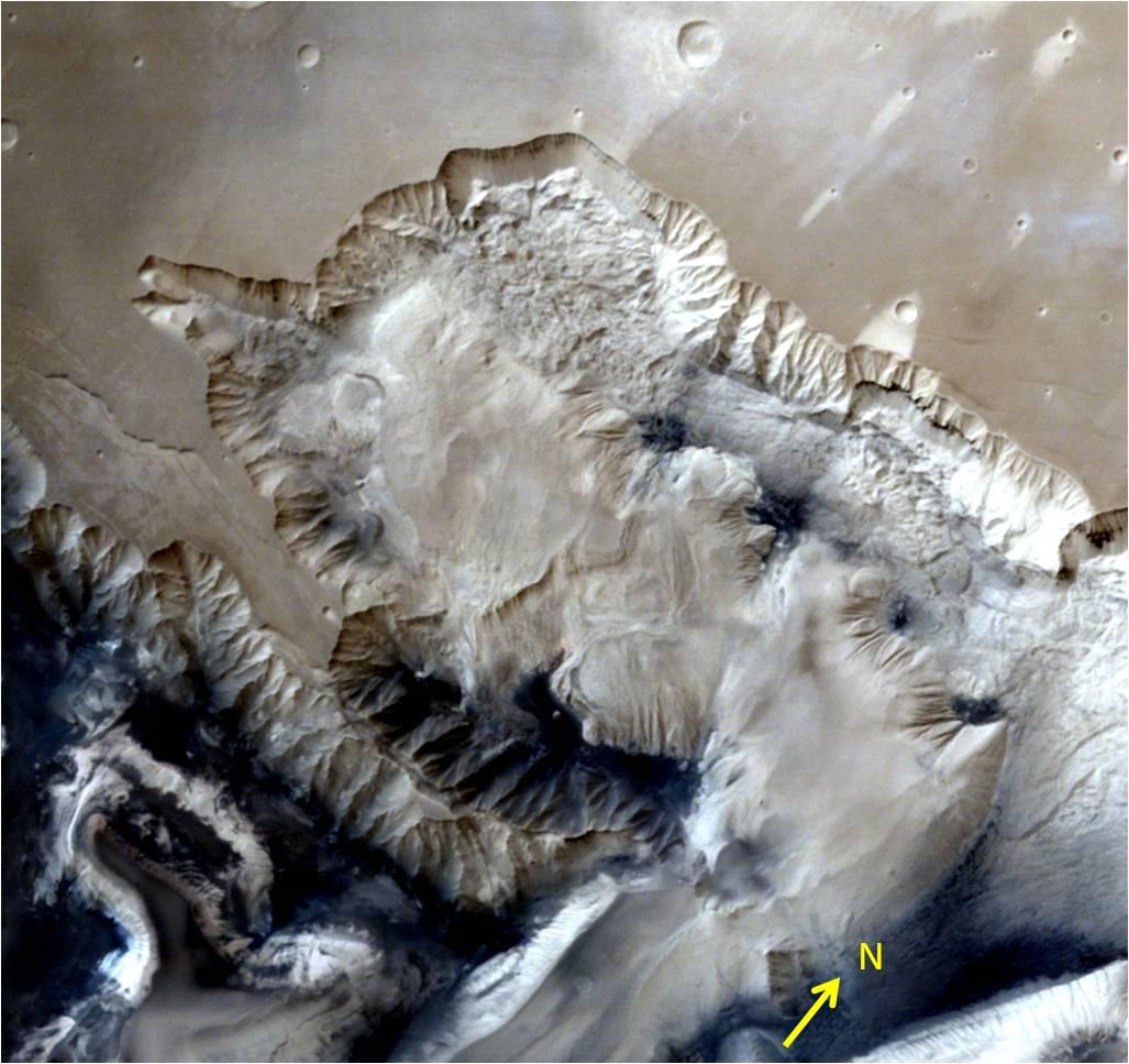 Ophir Chasma Canyon