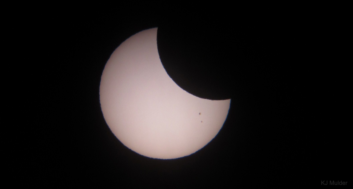 Partial Solar Eclipse of Sept. 13, 2015 in Photos