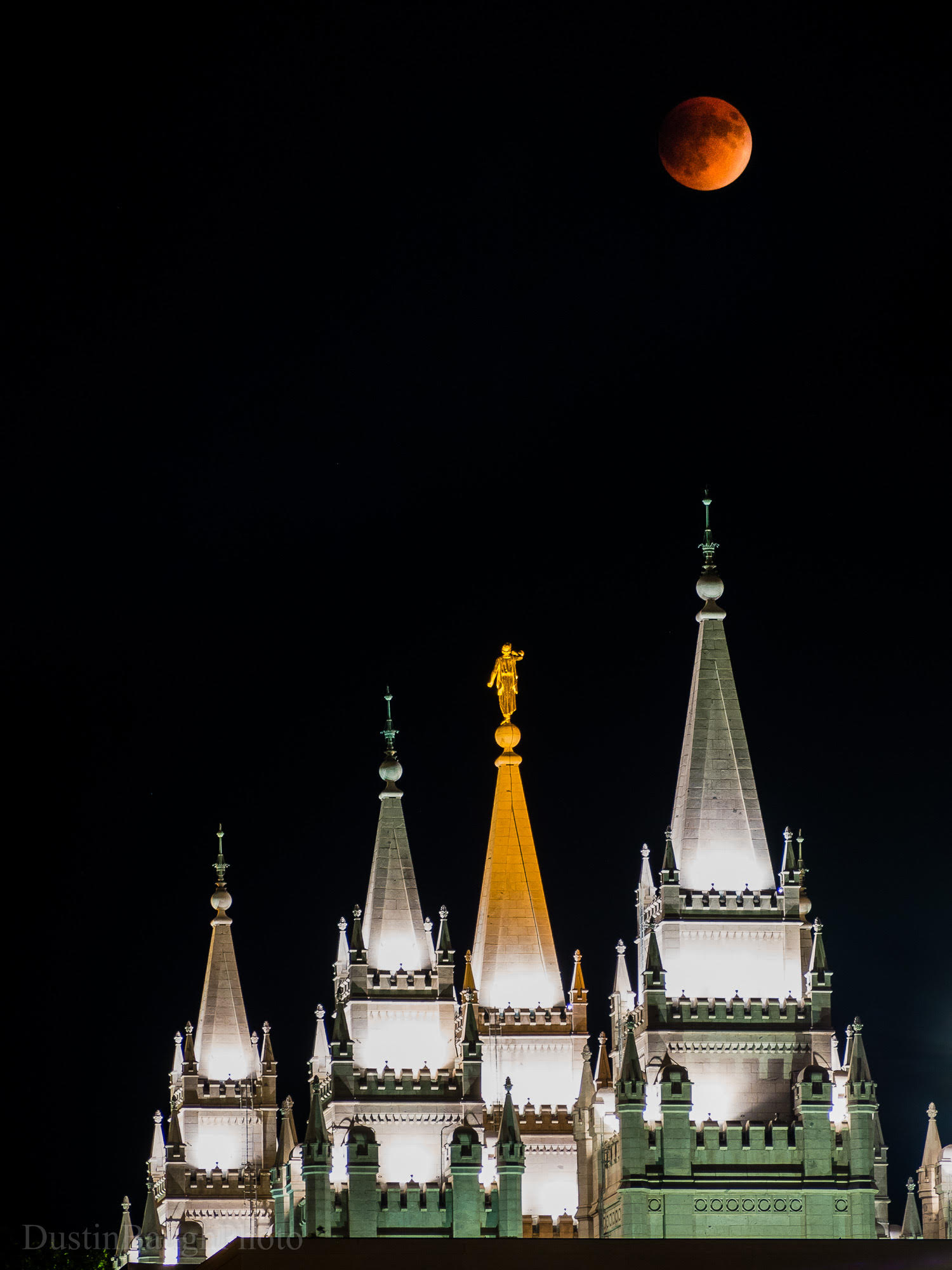 Supermoon Eclipse By Dustin Baugh