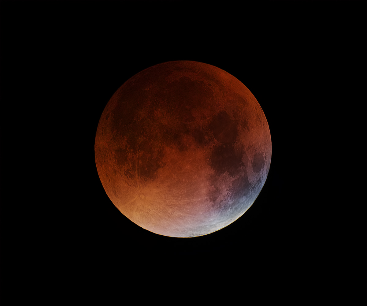Lunar Total Eclipse from Italy