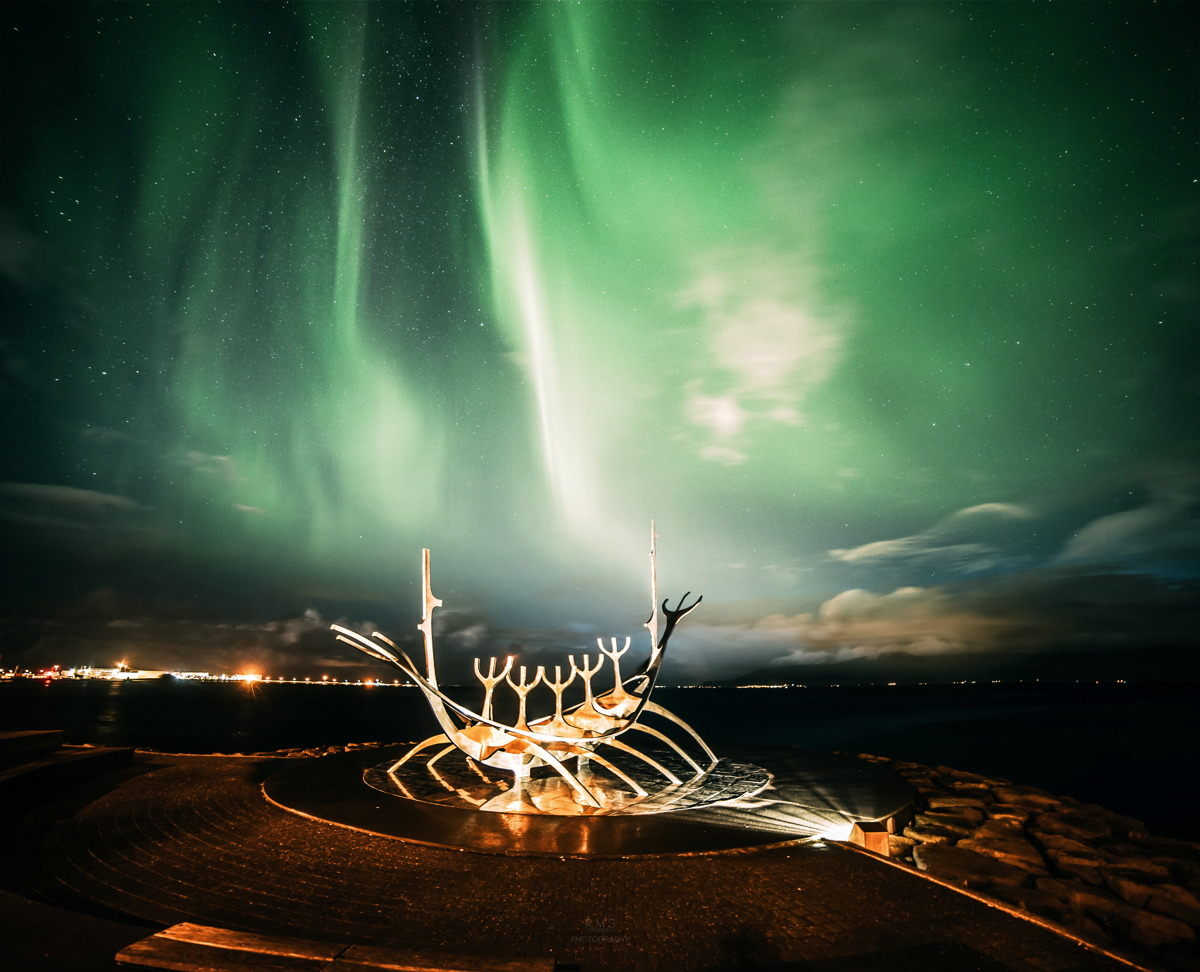 Aurora in Iceland by Merzlyakov