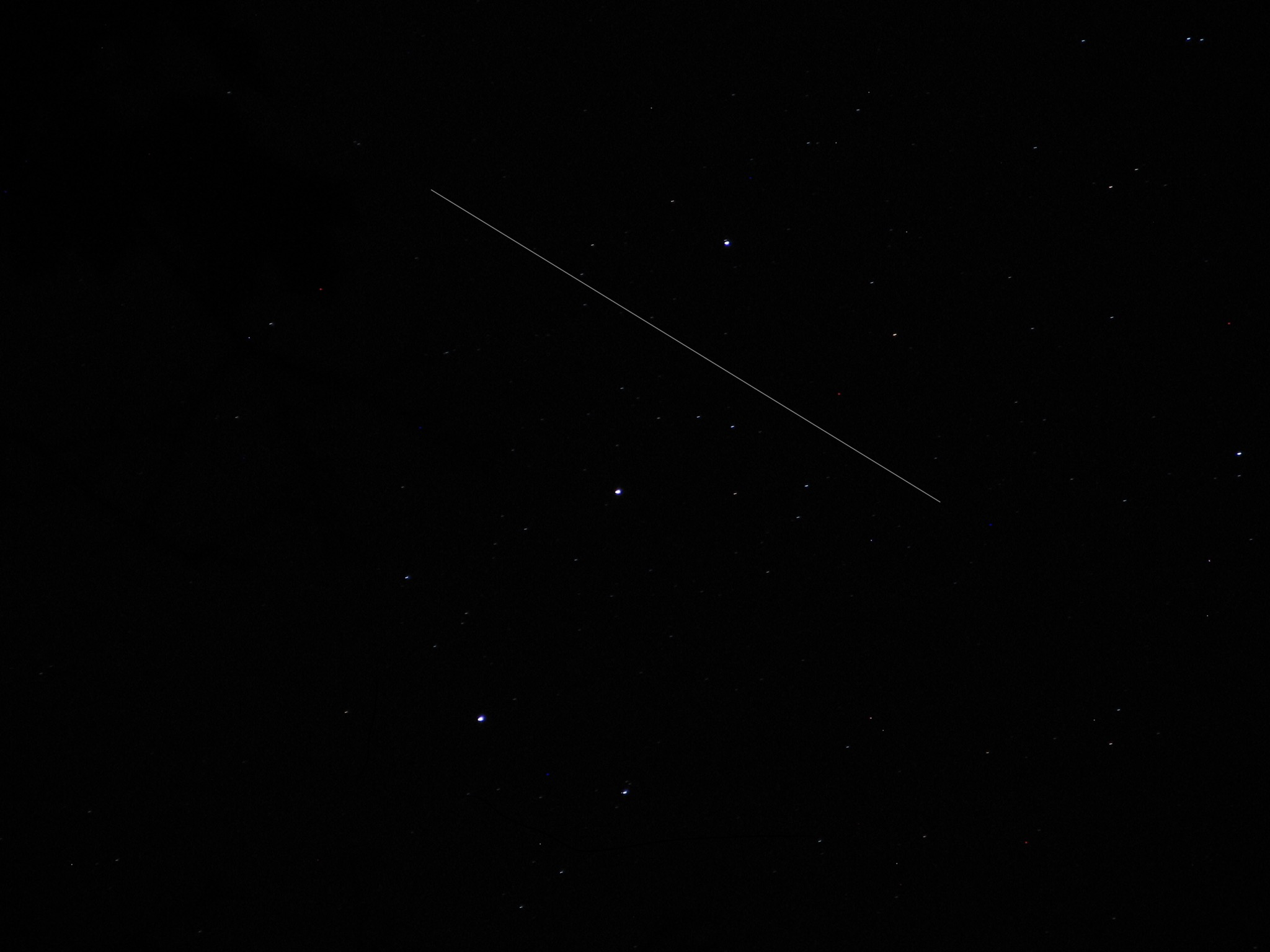 Stargazer Spies Space Station Streaking Through Orion's Belt (Photo)