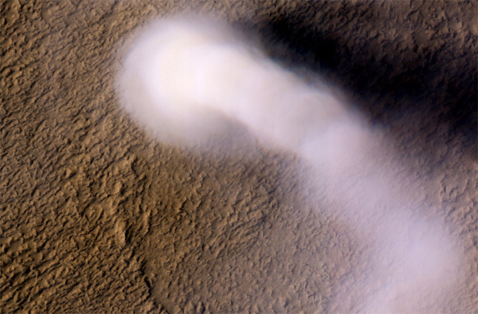 Large Dust Devil on Mars