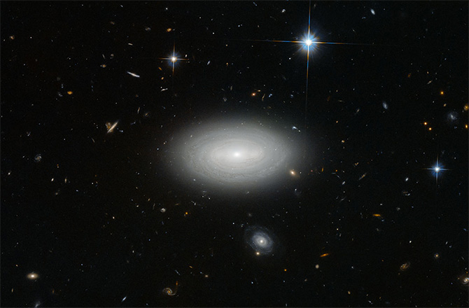 Lonely Galaxy MCG+01-02-015