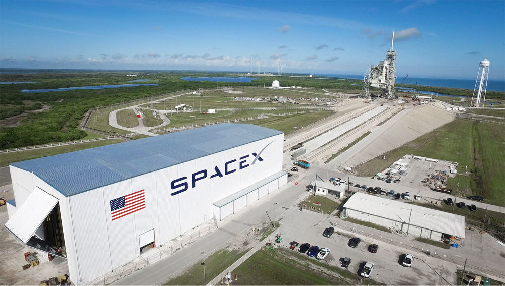 NASA Orders 1st Crewed Mission from SpaceX