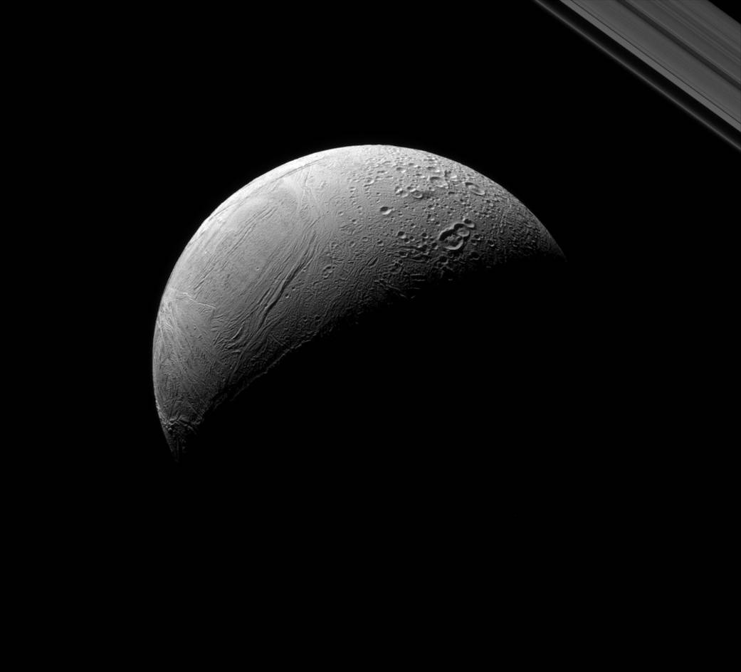 Behold, Enceladus! Awesome Photo Shows Off New Features on Saturn Moon