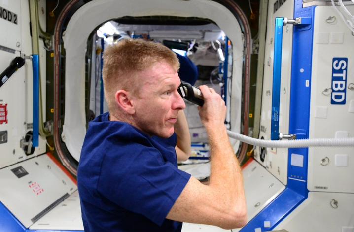 ESA Astronaut Tim Peake Gets a Haircut on the ISS