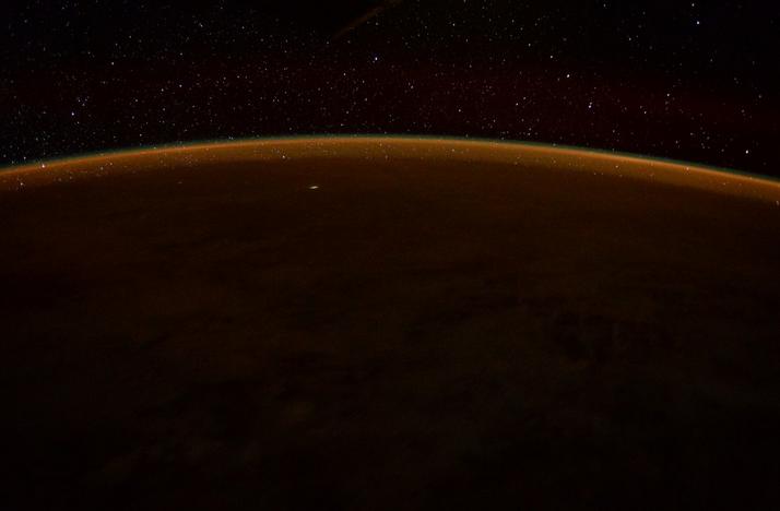 ESA Astronaut Tim Peake Snaps Sunrise From ISS