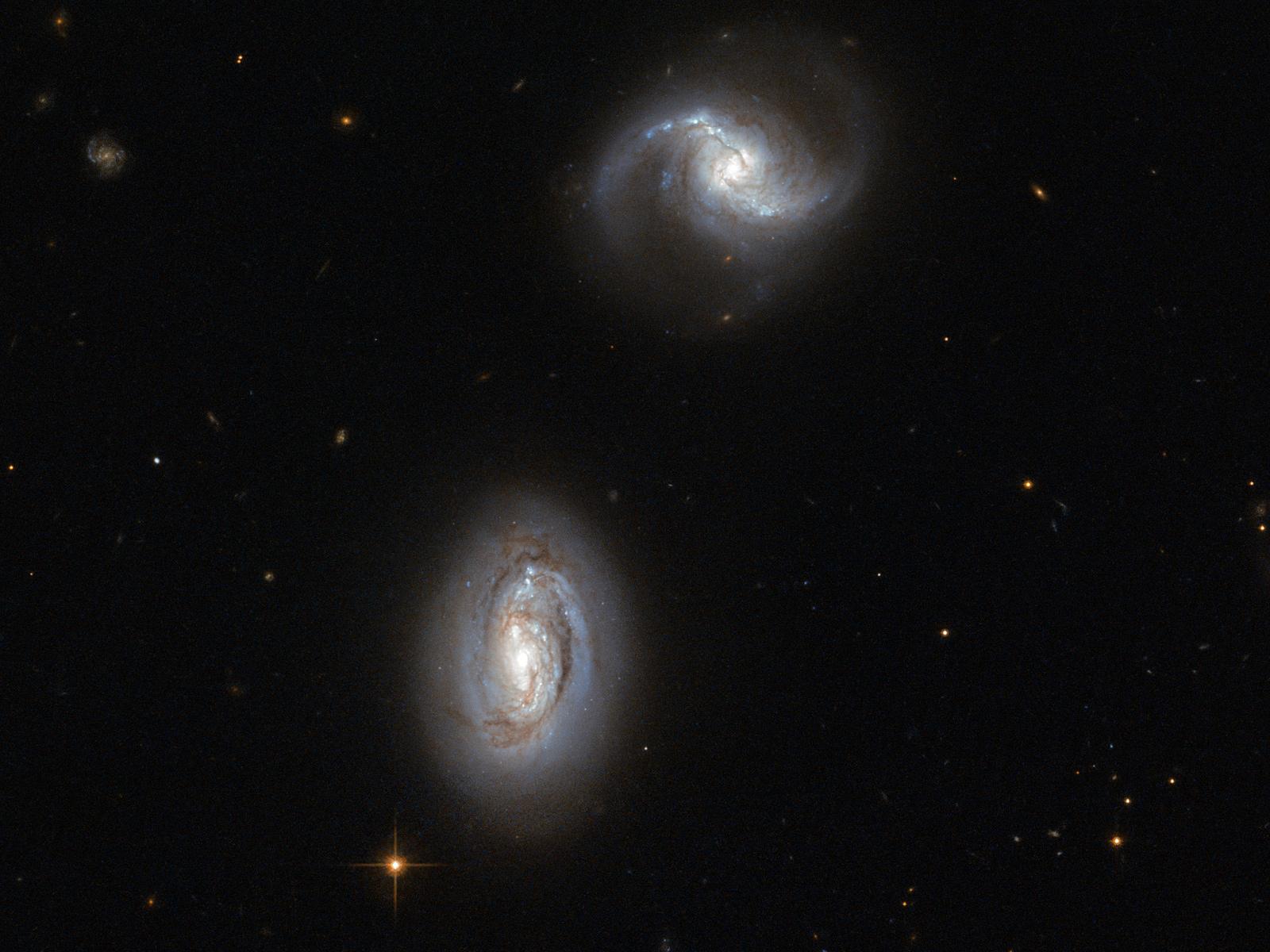 Bosom Buddies: A Galactic Pair | Space Wallpaper