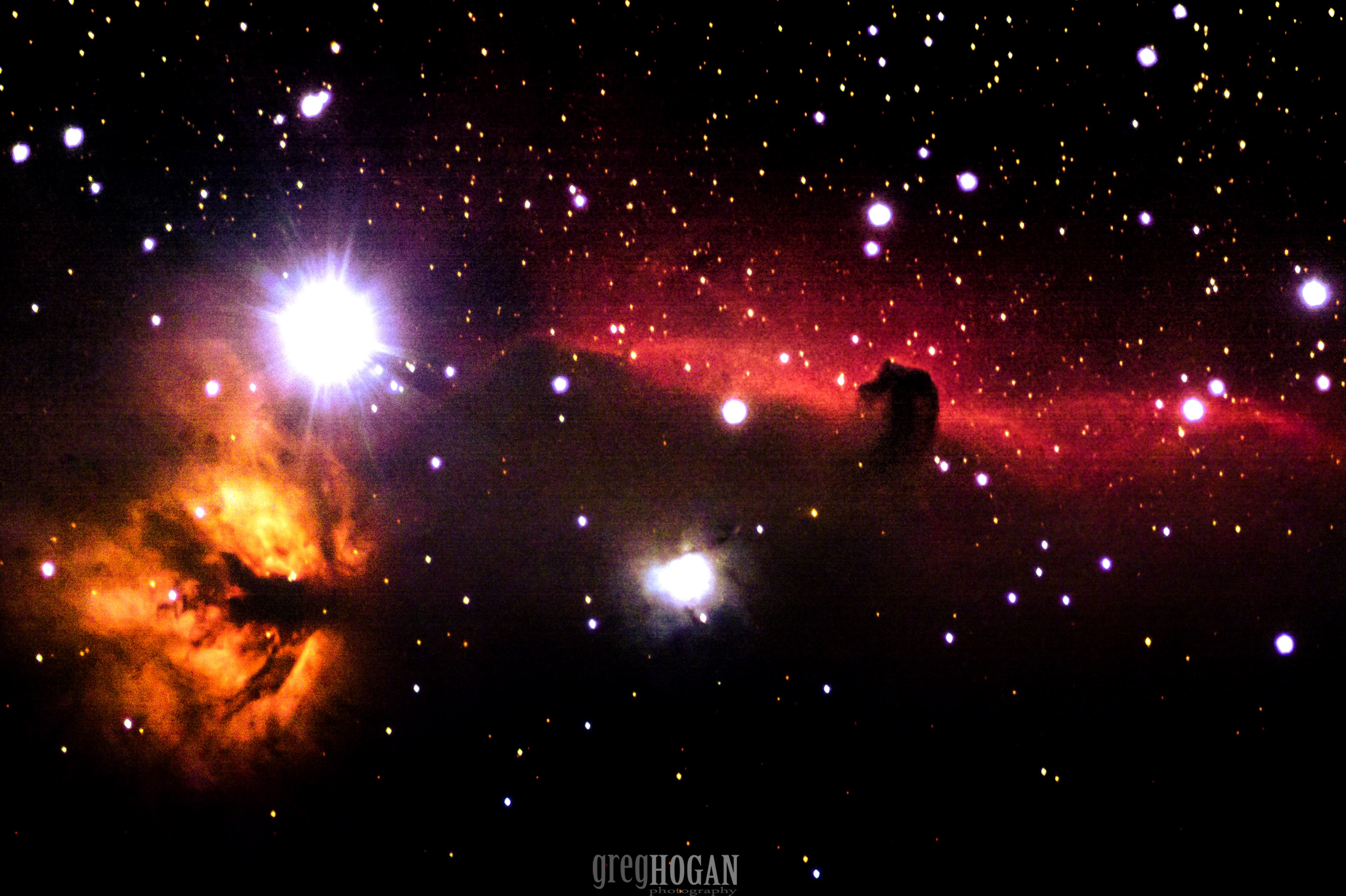A Horsehead and Flame: Amateur Photo Reveals Nebula Double Feature