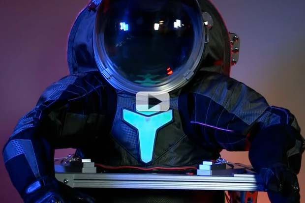 Next-Gen Spacesuits - NASA Builds On Old Technology | Video