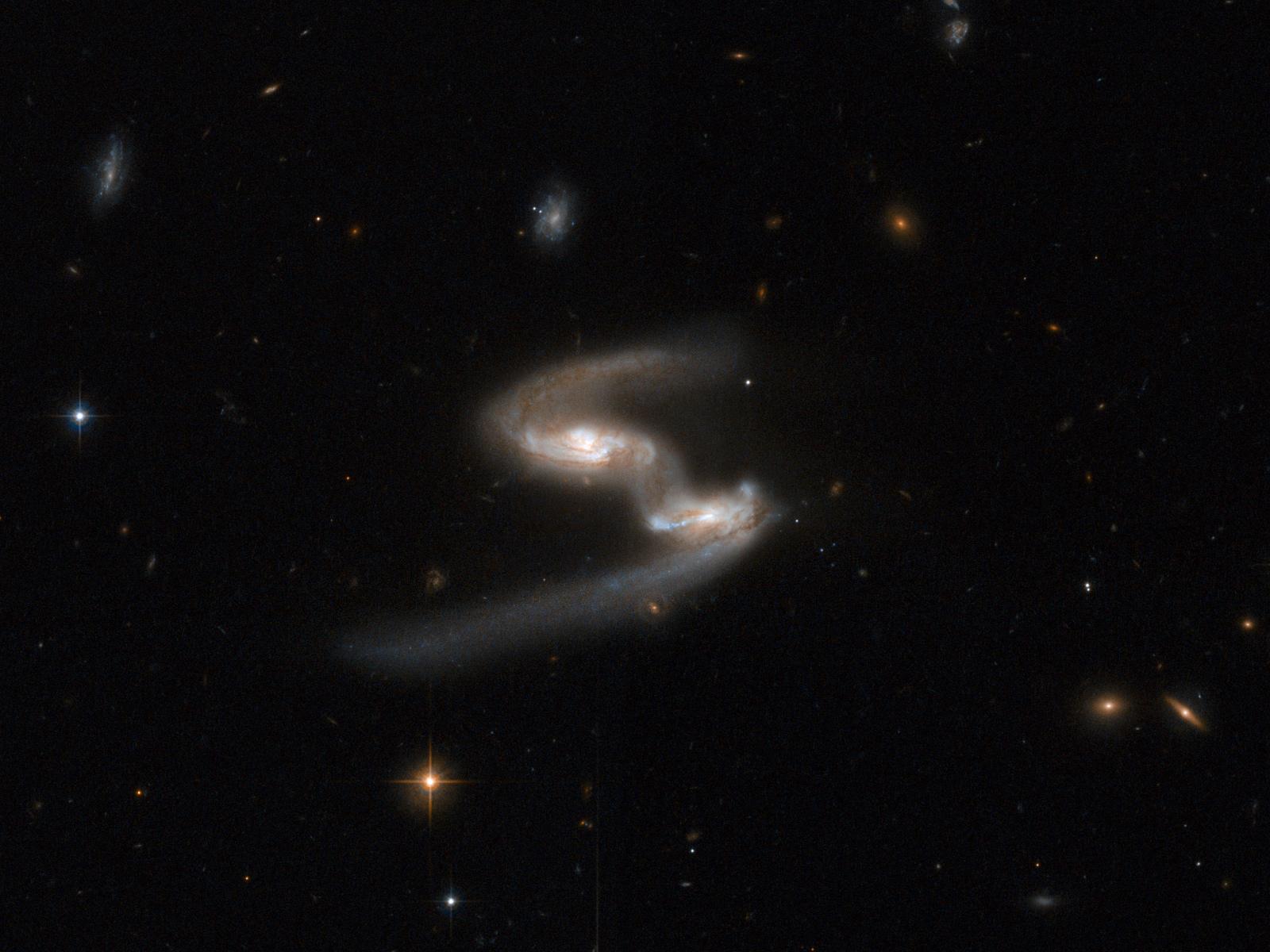 Galactic Get Down: Galaxies Grooving | Space Wallpaper