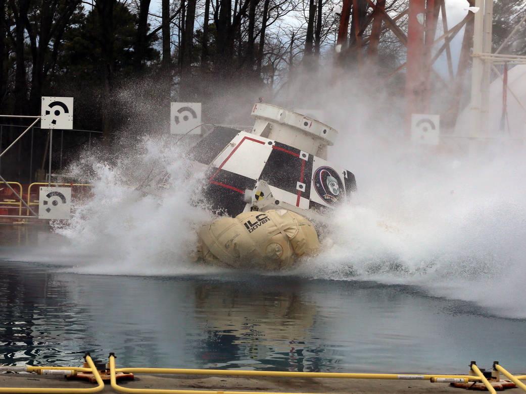 Boeing's CST-100 Crew Capsule Takes a Dip