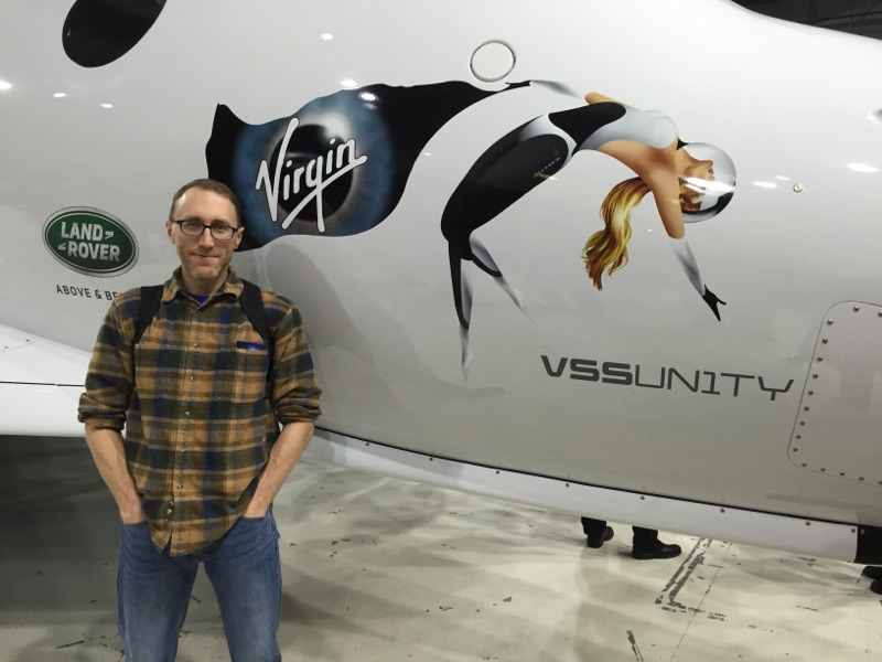 Mike Wall and SpaceShipTwo