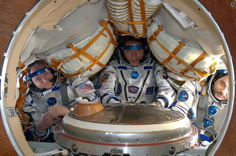 Year-in-Space Astronaut Scott Kelly Packs for Home, Skips Souvenir