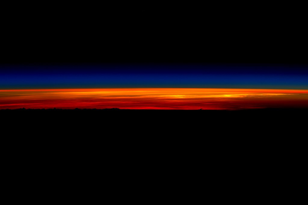 Scott Kelly's Last Sunrise From Space