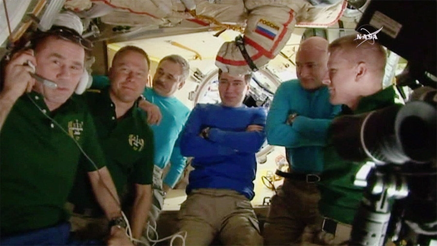 Expedition 46 Crew Members Last Gathering