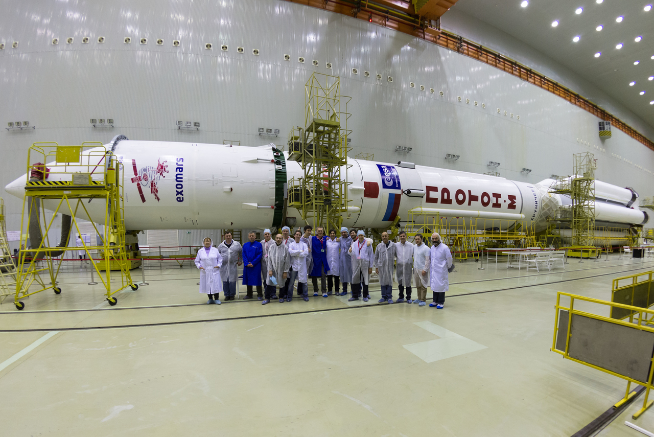ExoMars Spacecraft Mated to Proton Rocket