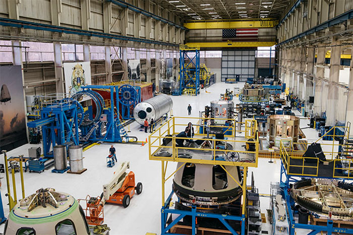 Inside Jeff Bezos' Secret Rocket Factory